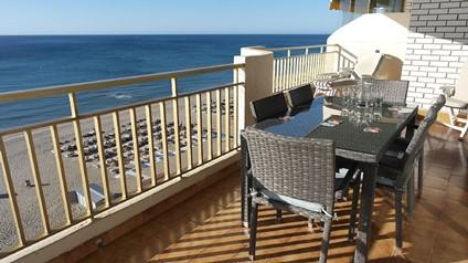 Malaga - Fuengirola. Lejlighed på 134 kvm plads til 6 personer, 34 kvm terrasse med haveudsigt og po