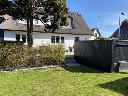 Helt hus til leje i det gamle Gilleleje med Stråtag, tæt på centrum, strand og havnen,  kun ca. 100