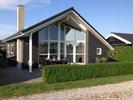 Nyere lyst sommerhus 60 kvm. 6 pers. Havkig og kun 90 m til Nordfyns bedste badestrand Hasmark