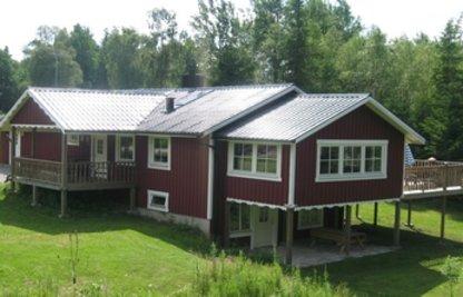 2 overdækkede terrasser + 1 hævet med sol hele dagen