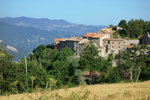 Rent a charming Tuscan house from the year 1250 for your vacation.