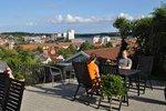 Dejlige lyse værelse i i Svendborg by - stor terrasse med fantastisk udsigt :-)